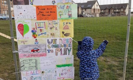 Angry Ashbourne residents fuming over fences