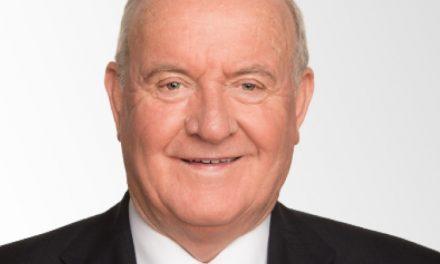 Enraged Reilly slams school scheme closure