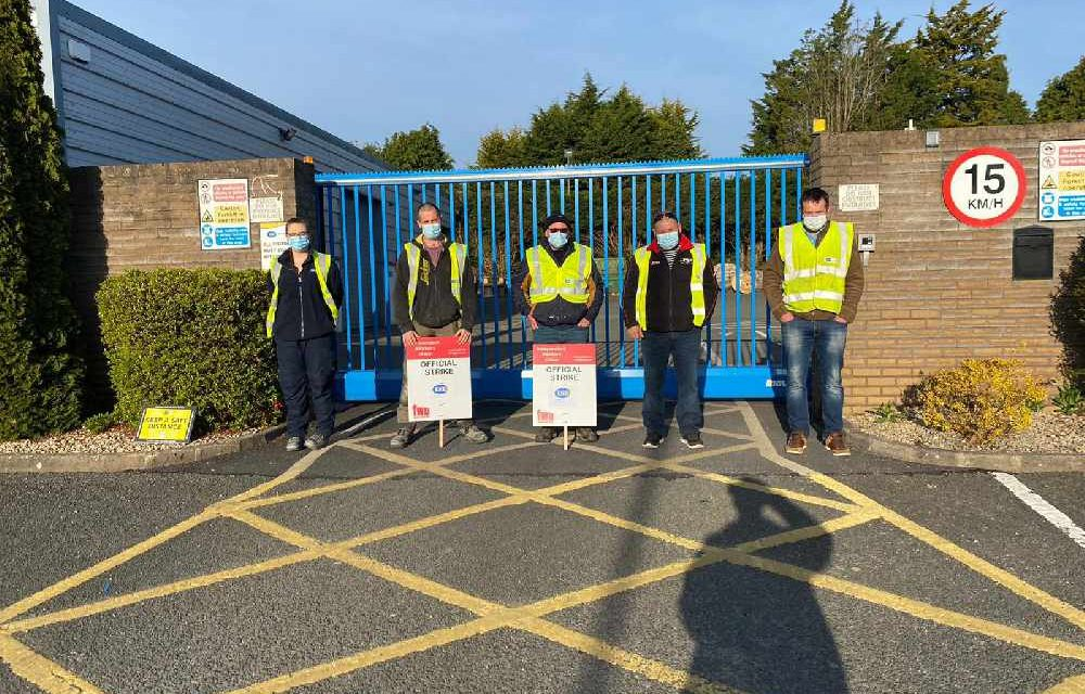 ESB workers on strike in Navan
