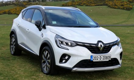 RENAULT'S CAPTUR PHEV A SMOOTH SHIFTER